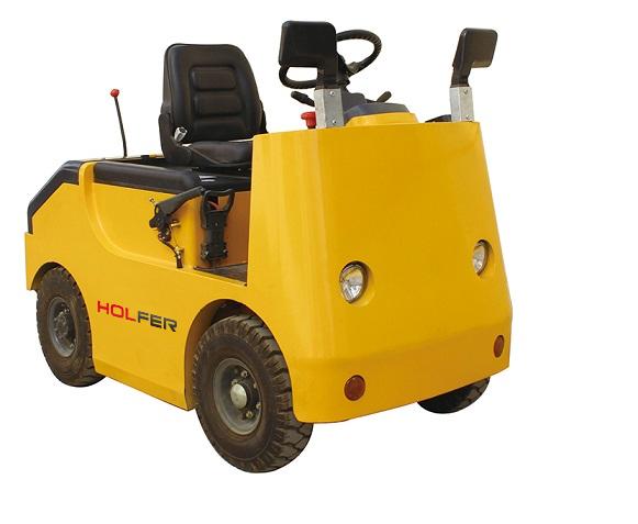 坐驾式电动牵引车