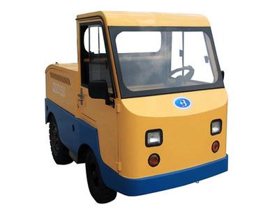 QSD150蓄电池牵引车15吨