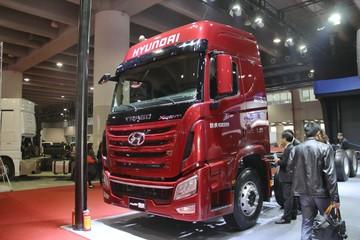 四川现代 Xcient创虎 410马力 8X4 排半载货车底盘(CHM1310KPQ80M)