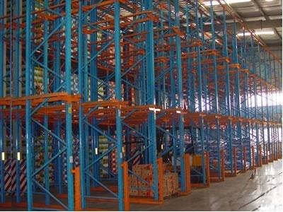 中山市坦洲货架厂供应高位通廊式货架