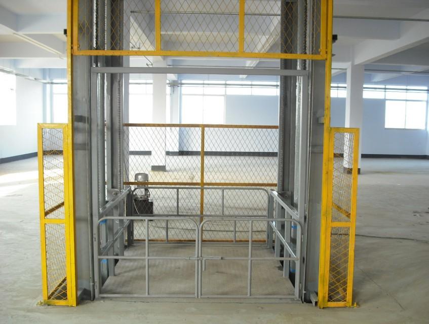 导轨式液压升降货梯供应全国
