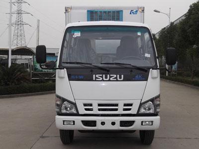 庆铃 600P系列 120马力 4X2 冷藏车(镇江康飞牌)