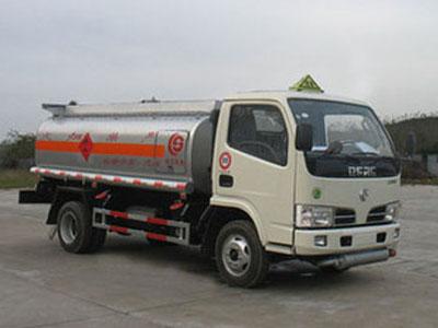 东风 福瑞卡 95马力 4X2 加油车(湖北楚胜牌)