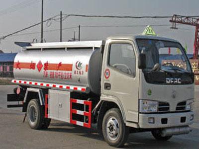东风 金霸 90马力 4X2 加油车(楚胜牌)