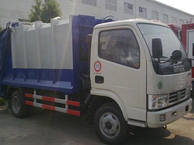 东风 福瑞卡 95马力 4X2 垃圾车(湖北程力-程力威牌)