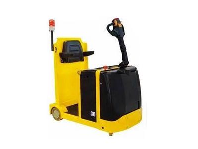 站立式/站驾式牵引车 电动牵引头 电动拖车头