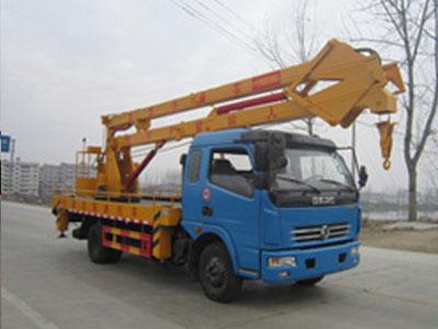 东风多利卡排半18米高空作业车(国四)