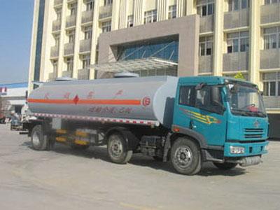 解放小三轴CSC5251GHYC化工液体运输车