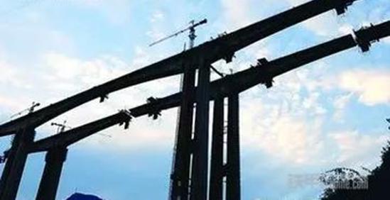 工程奇迹 中联重科参建世界第一高桥